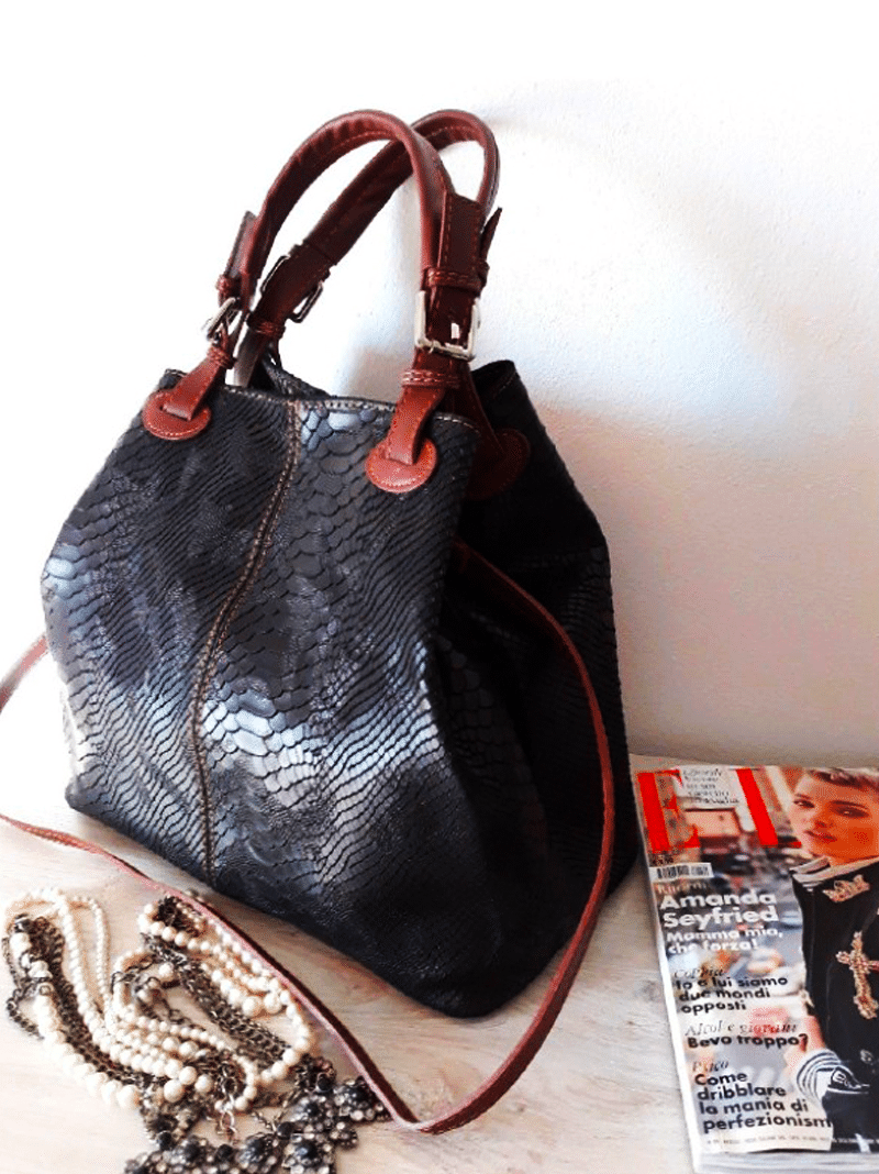 e1cacf4cfd4 ▷ SelfOutlet.com: DONATELLA bags — Supplier of clothing lots for ...